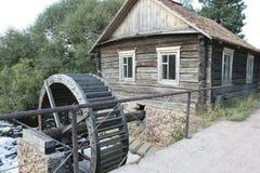 ύδωρ μύλων ξύλινο Στοκ Εικόνα