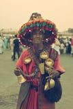 Ύδωρ πωλητών βεδουίνο στην πλατεία Djemaa EL Fna Στοκ Φωτογραφίες