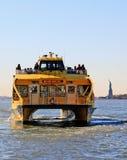 ύδωρ ταξί της Νέας Υόρκης Στοκ φωτογραφία με δικαίωμα ελεύθερης χρήσης