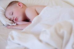 ύπνος αγοριών Στοκ Φωτογραφίες