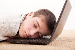 ύπνος ατόμων lap-top Στοκ Εικόνες