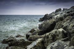 δύσκολη ακτή Στοκ Φωτογραφίες