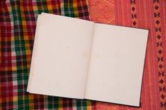 Ύφασμα Ταϊλανδός σημειωματάριων Στοκ φωτογραφία με δικαίωμα ελεύθερης χρήσης