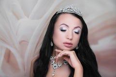 Ύφος νυφών προσώπου ομορφιάς γυναικών στοκ φωτογραφία με δικαίωμα ελεύθερης χρήσης
