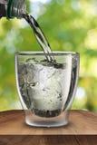 ύδωρ γυαλιού Στοκ εικόνα με δικαίωμα ελεύθερης χρήσης
