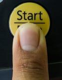 Ώθηση δάχτυλων το κουμπί Στοκ Φωτογραφία