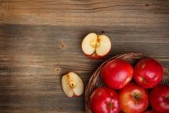 Ώριμα κόκκινα μήλα Στοκ Φωτογραφία