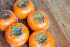 Ώριμα persimmons της Ιαπωνίας Στοκ εικόνες με δικαίωμα ελεύθερης χρήσης