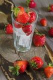 Ώριμες και νόστιμες φράουλες Στοκ φωτογραφίες με δικαίωμα ελεύθερης χρήσης