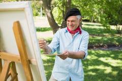Ώριμη ζωγραφική ατόμων στο πάρκο Στοκ φωτογραφία με δικαίωμα ελεύθερης χρήσης