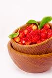 Ώριμη και νόστιμη φράουλα που απομονώνεται στο άσπρο υπόβαθρο Στοκ εικόνες με δικαίωμα ελεύθερης χρήσης
