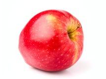 Ώριμη, κόκκινη κινηματογράφηση σε πρώτο πλάνο της Apple που απομονώνεται Στοκ φωτογραφία με δικαίωμα ελεύθερης χρήσης