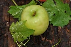 Ώριμος πράσινο μήλου Στοκ Φωτογραφίες