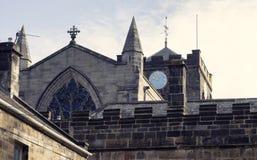 Аббатство Clockface Hexham стоковое изображение rf