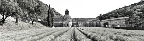 Аббатство di Senanque Panorsamic, черно-белое Стоковое Изображение