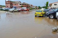 Абиджан затопляет/внеочередное заседание на ратуше Cocody вчера: Мольба ` s мэра Стоковое Изображение RF