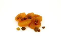 абрикосы высушили изюминки Стоковая Фотография