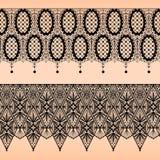 Абстрактная безшовная картина шнурка черноты ткани на беже Стоковое Изображение RF