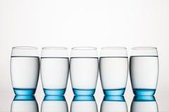 абстрактная вода фото синих стекол стоковые фотографии rf