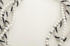 Абстрактная вышитая бисером граница ожерелья Стоковые Изображения RF