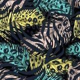 Абстрактная геометрическая безшовная картина с животной печатью Стоковая Фотография RF