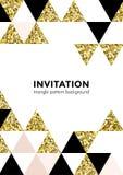 Абстрактная геометрическая предпосылка картины золота для шаблона дизайна карточки приглашения элемента квадрата и треугольника с Стоковые Фотографии RF
