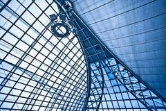 абстрактная голубая потолочная лампа Стоковые Изображения RF