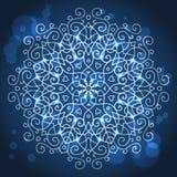 Абстрактная голубая предпосылка с круглым орнаментом мандалы, sparkles Стоковые Фотографии RF