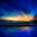 Абстрактная голубая предпосылка с облаками и sunri моря Стоковое Изображение RF