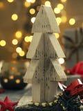 Абстрактная деревянная рождественская елка стоковые фото