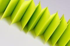 Абстрактная загородка зеленой книги на белизне Стоковые Фотографии RF
