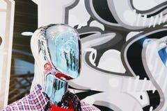 Абстрактная запачканная фотография портрета манекена Chrome человеческая стоковая фотография rf
