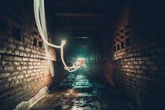Абстрактная картина freezelight или замораживания светлая в тоннеле кирпича городском Стоковое Изображение RF