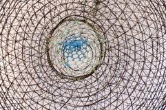 Абстрактная концепция - опасность - сеть - часть провода - металл Стоковые Фото
