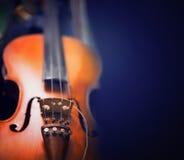 Абстрактная музыкальная предпосылка фото тонизированное скрипкой Стоковая Фотография