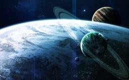 Абстрактная научная предпосылка - планеты в космосе, межзвёздном облаке и звездах Элементы этого изображения поставленные NASA NA Стоковые Фотографии RF