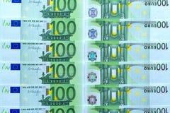Абстрактная предпосылка денег от банкнот 100 евро Стоковое Изображение RF
