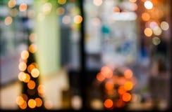 Абстрактная предпосылка запачканных светов в окне Стоковая Фотография