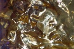Абстрактная предпосылка с мягкой картиной в золоте стоковые фотографии rf