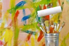 абстрактная предпосылка чистит надпись на стенах щеткой цветов Стоковое Фото