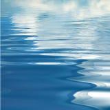 абстрактная предпосылка струится вода Стоковая Фотография