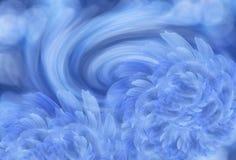 Абстрактная сине-белая предпосылка с голубыми цветками пиона расположение цветка Стоковые Изображения RF