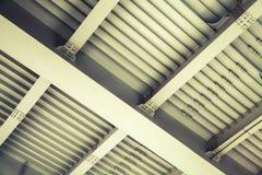 абстрактная сталь конструкции болтов лучей Стоковые Фотографии RF