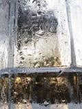 Абстрактная стеклянная предпосылка - намочите конденсацию на холодных glas Стоковая Фотография