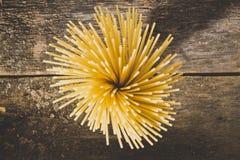 абстрактная текстура макаронных изделия еды предпосылки Взгляд сверху Стоковые Фото