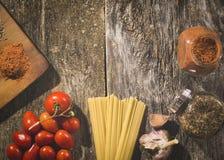абстрактная текстура макаронных изделия еды предпосылки Открытый космос для текста Взгляд сверху Стоковое Изображение