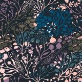 Абстрактная флористическая безшовная картина с ультрамодной текстурами нарисованными рукой Стоковые Фото