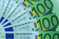 Абстрактная часть банкнота 100 евро Стоковые Фото