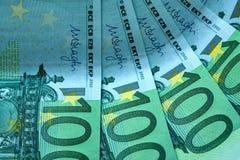 Абстрактная часть банкнота 100 евро Стоковые Фотографии RF