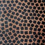 Абстрактная черная мозаика на бургундской предпосылке Стоковое Изображение
